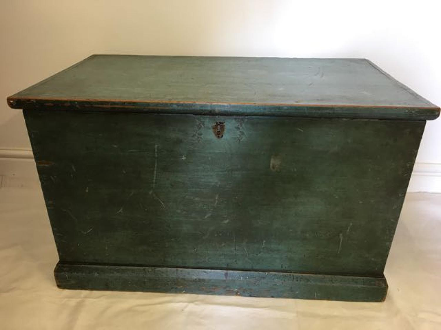 Late 1800's blanket box with original paint