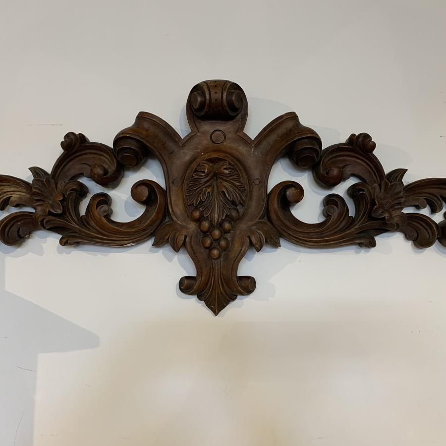 Very good quality carved wooden wall hanging