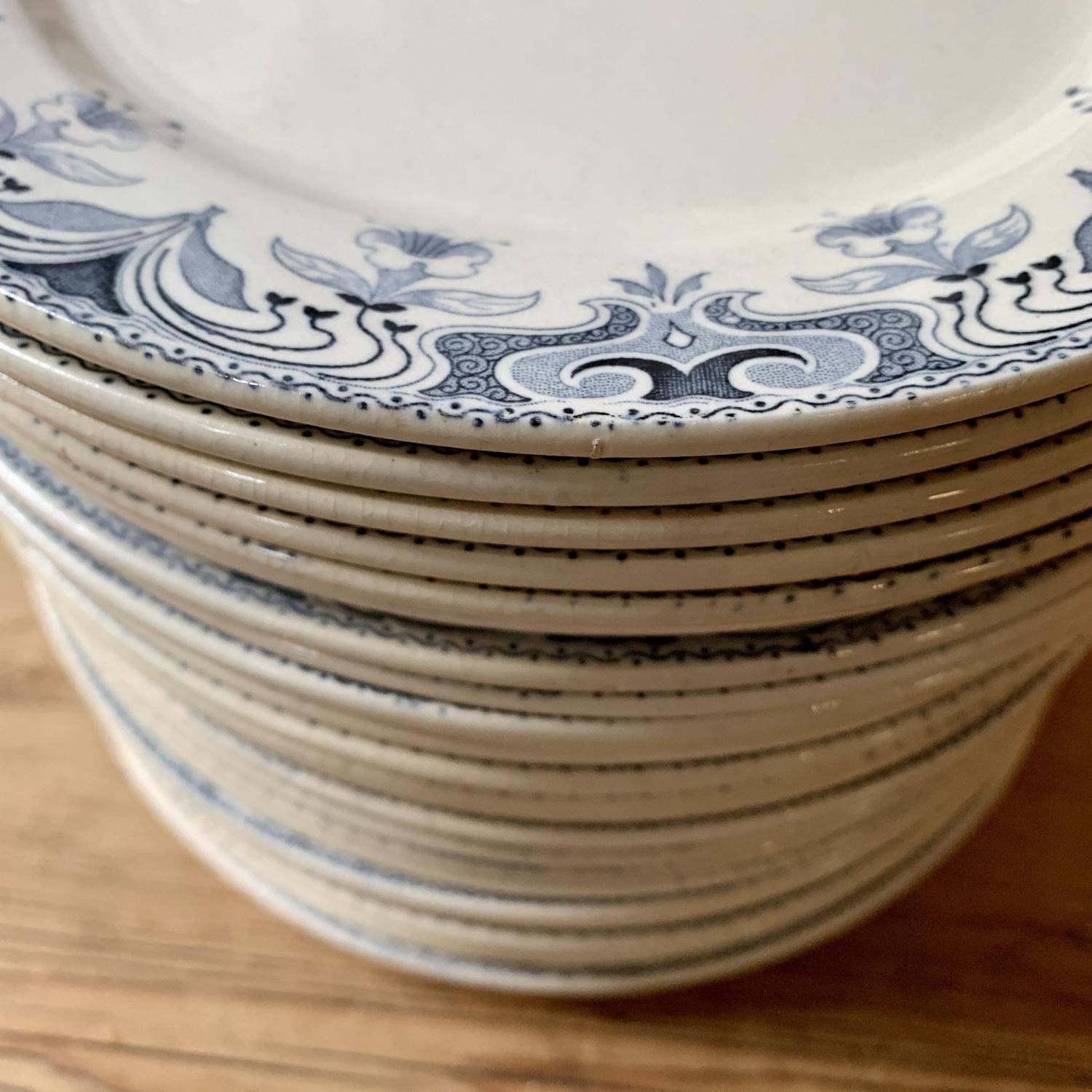 French blue and white plates