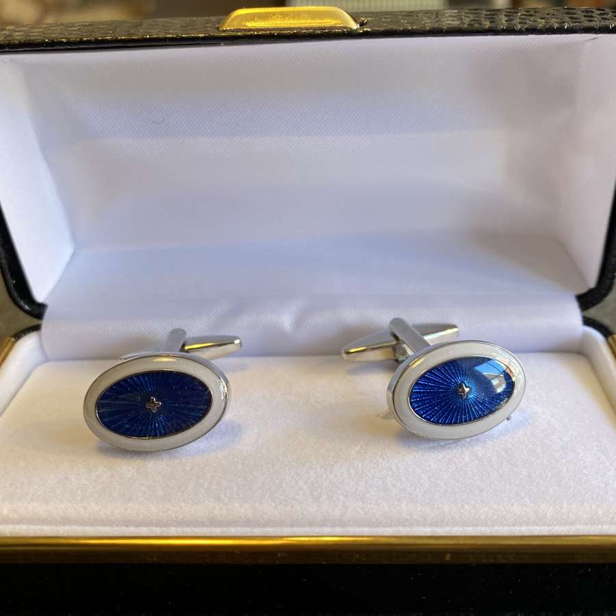 Starburst oval cufflinks