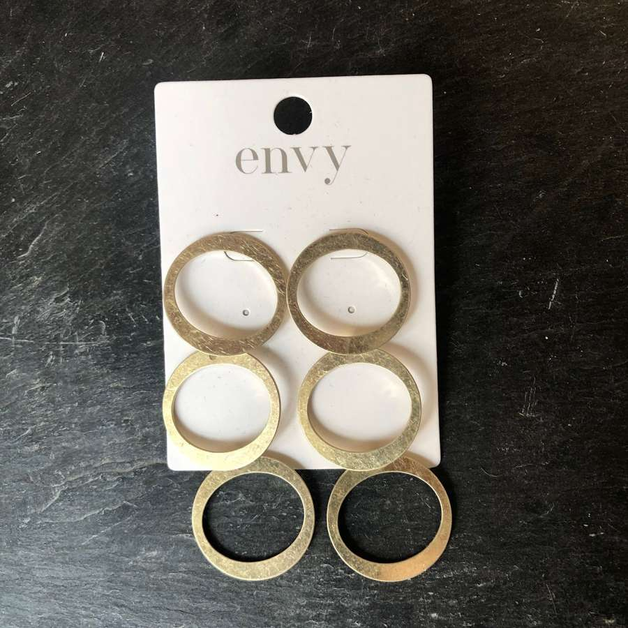 Triple drop gold circle earrings