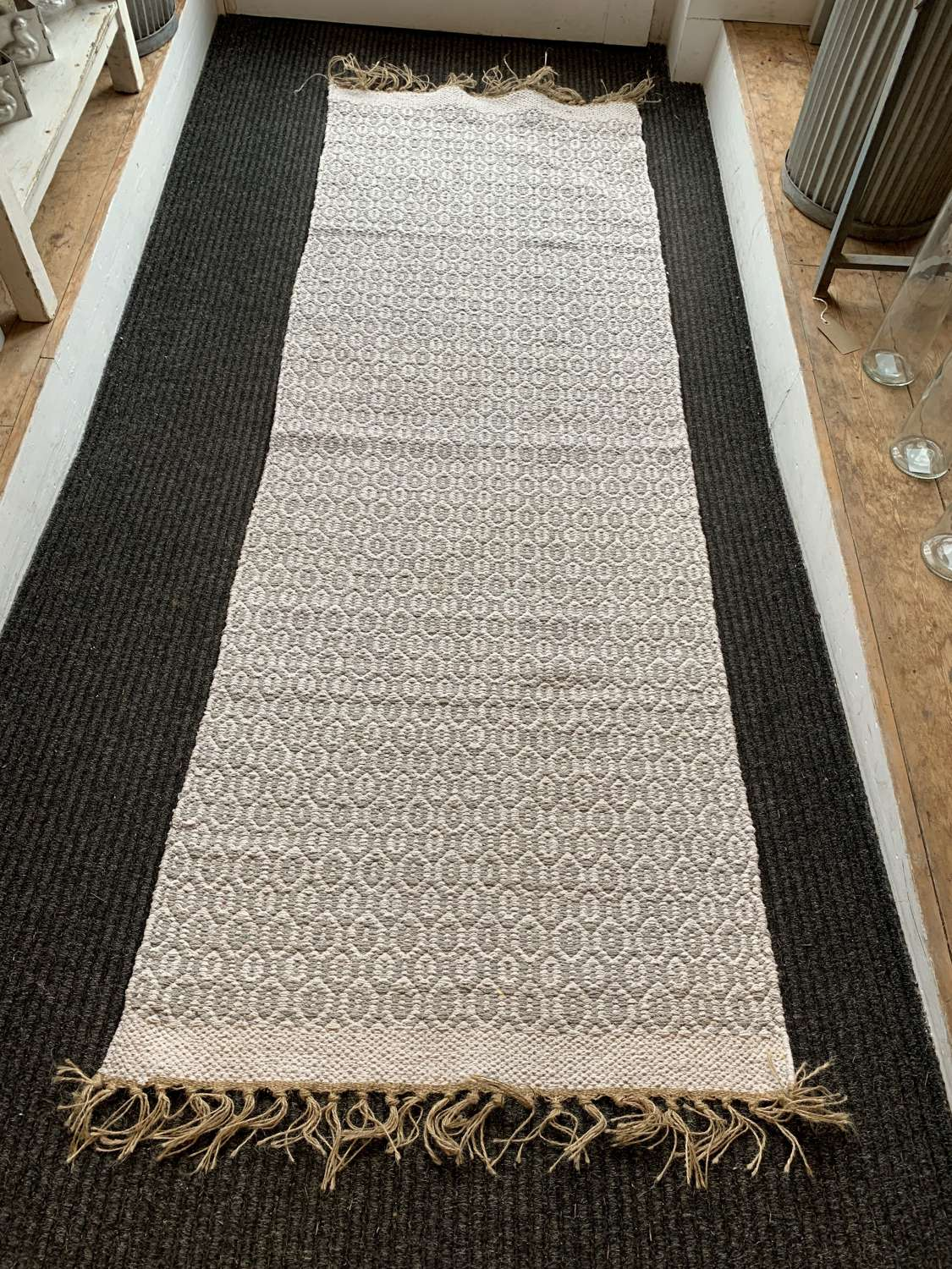 Recycled cotton and jute runner