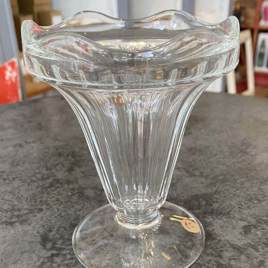 Retro coupe sundae glass
