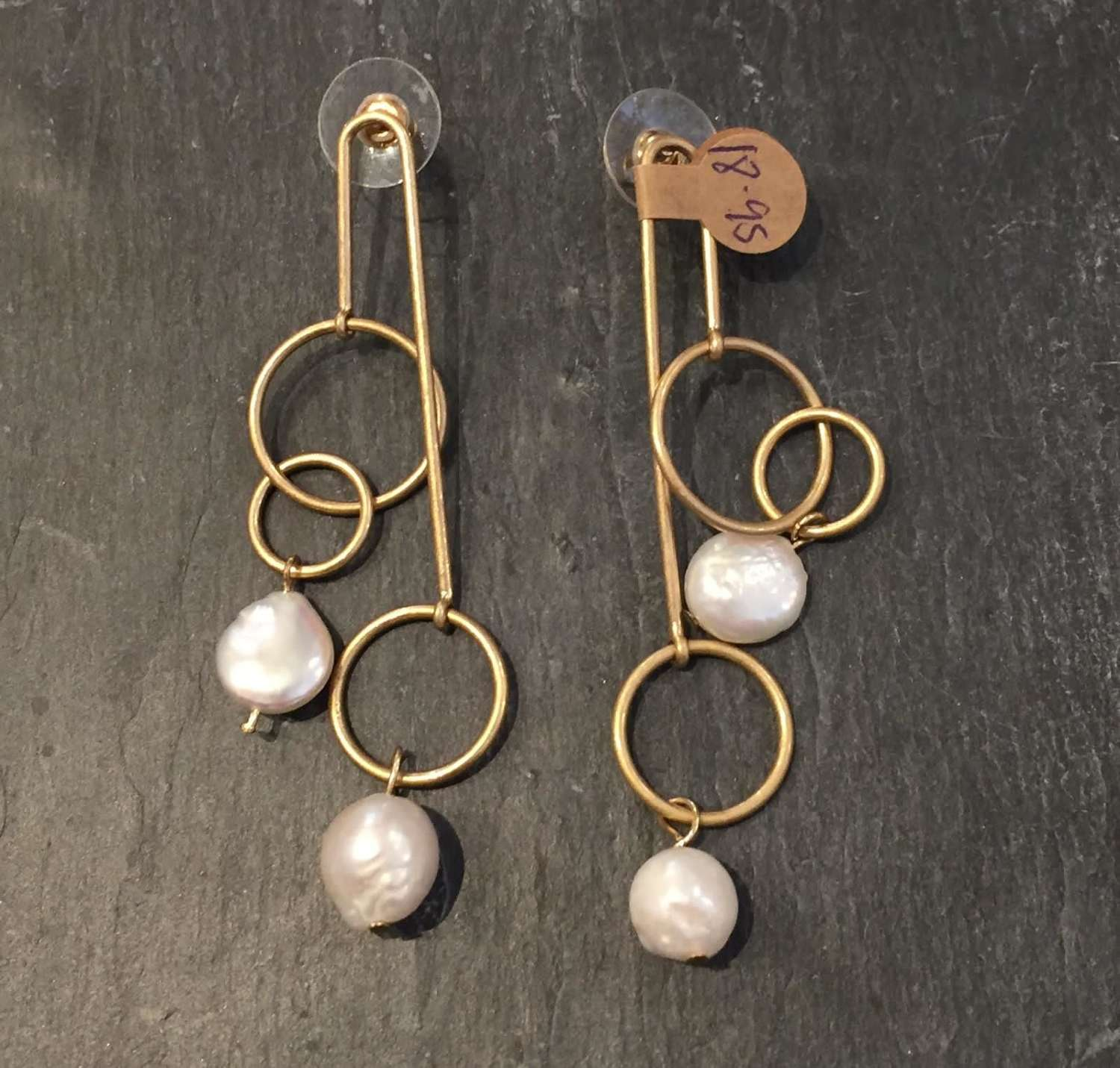 Envy gold and pearl earrings