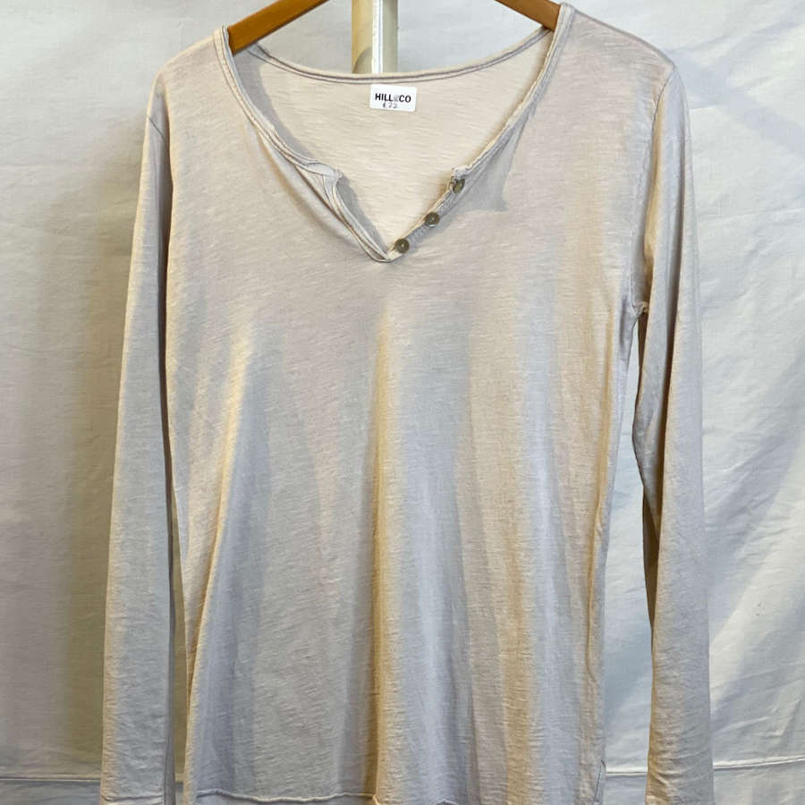 Cotton long sleeve Tee shirt with button v neck