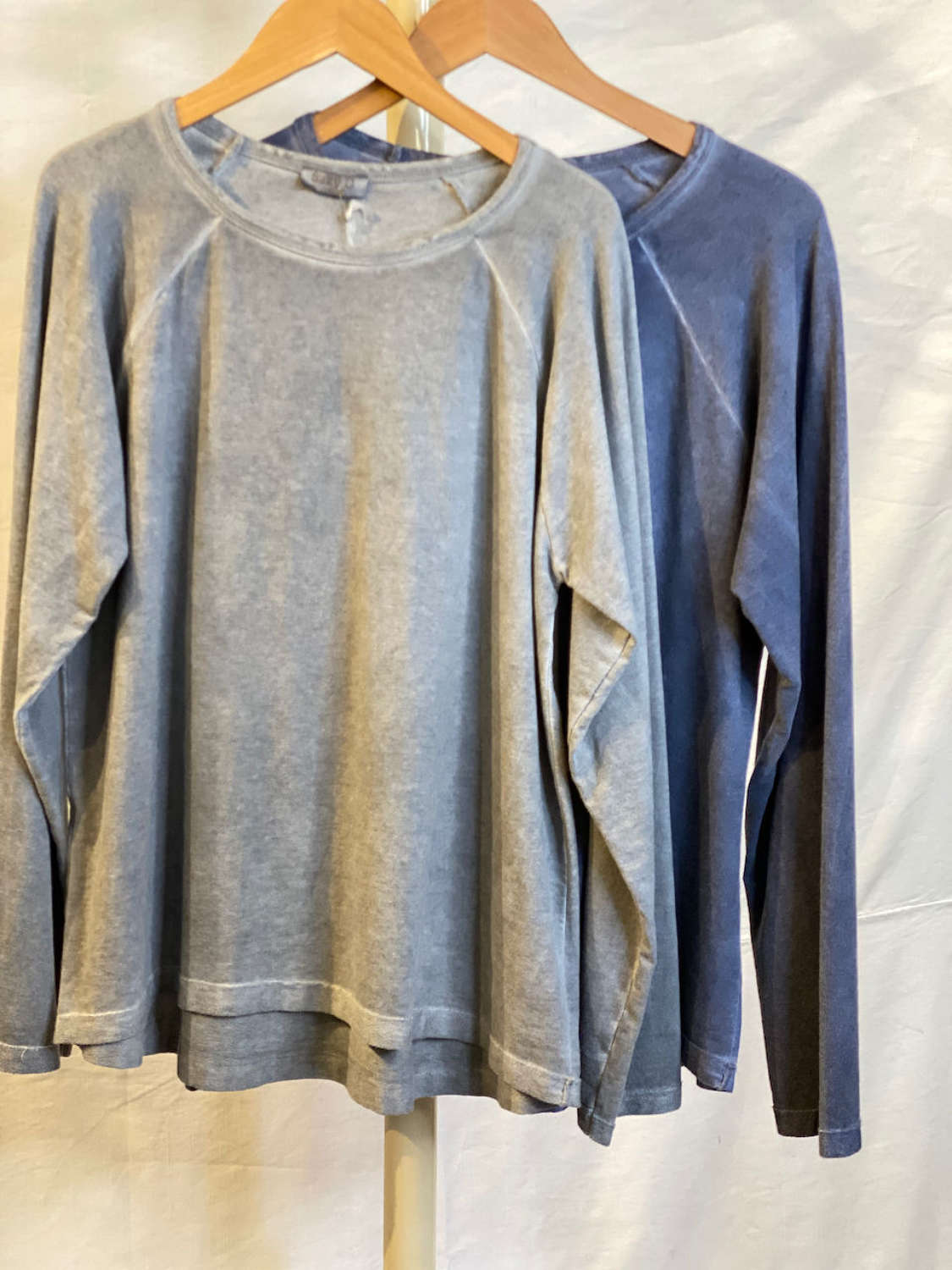 Vintage look loose fit top - grey and blue