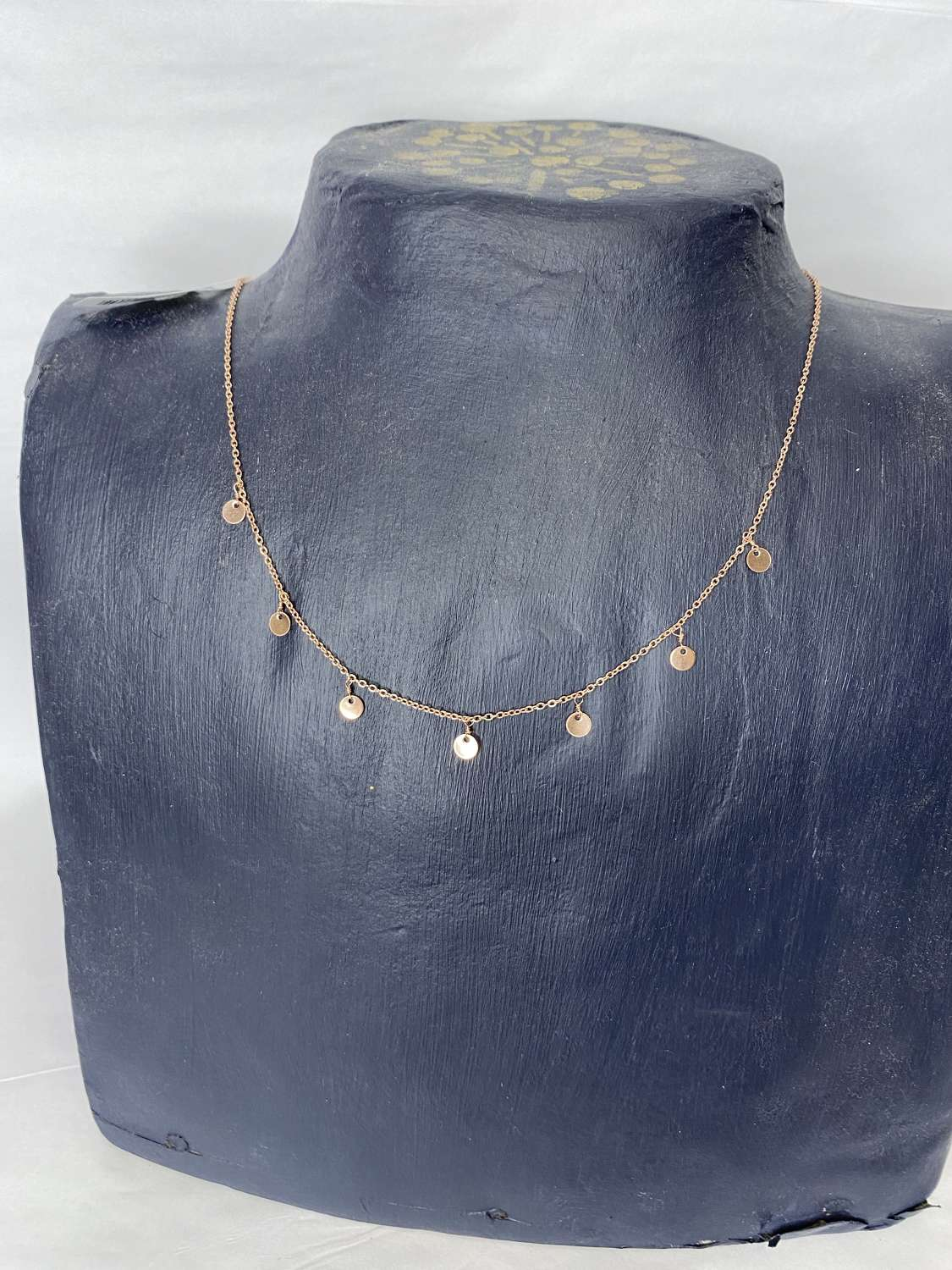 Rose gold (plated) disc necklace - short