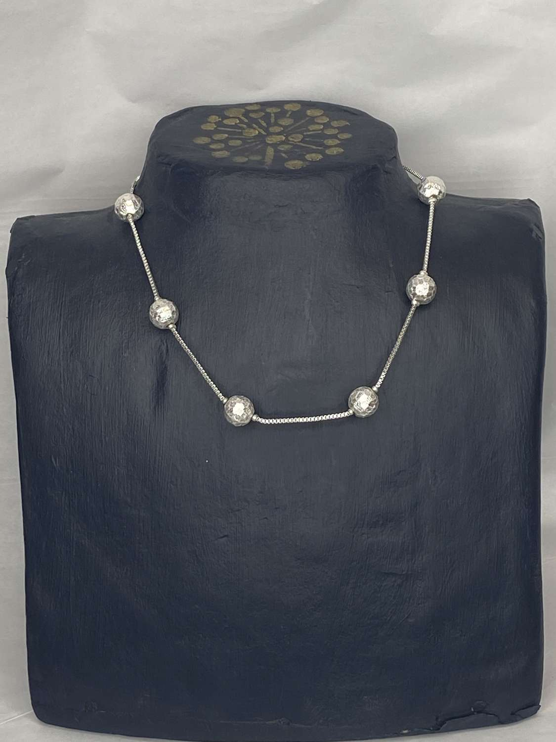 Envy silver hammered ball choker necklace
