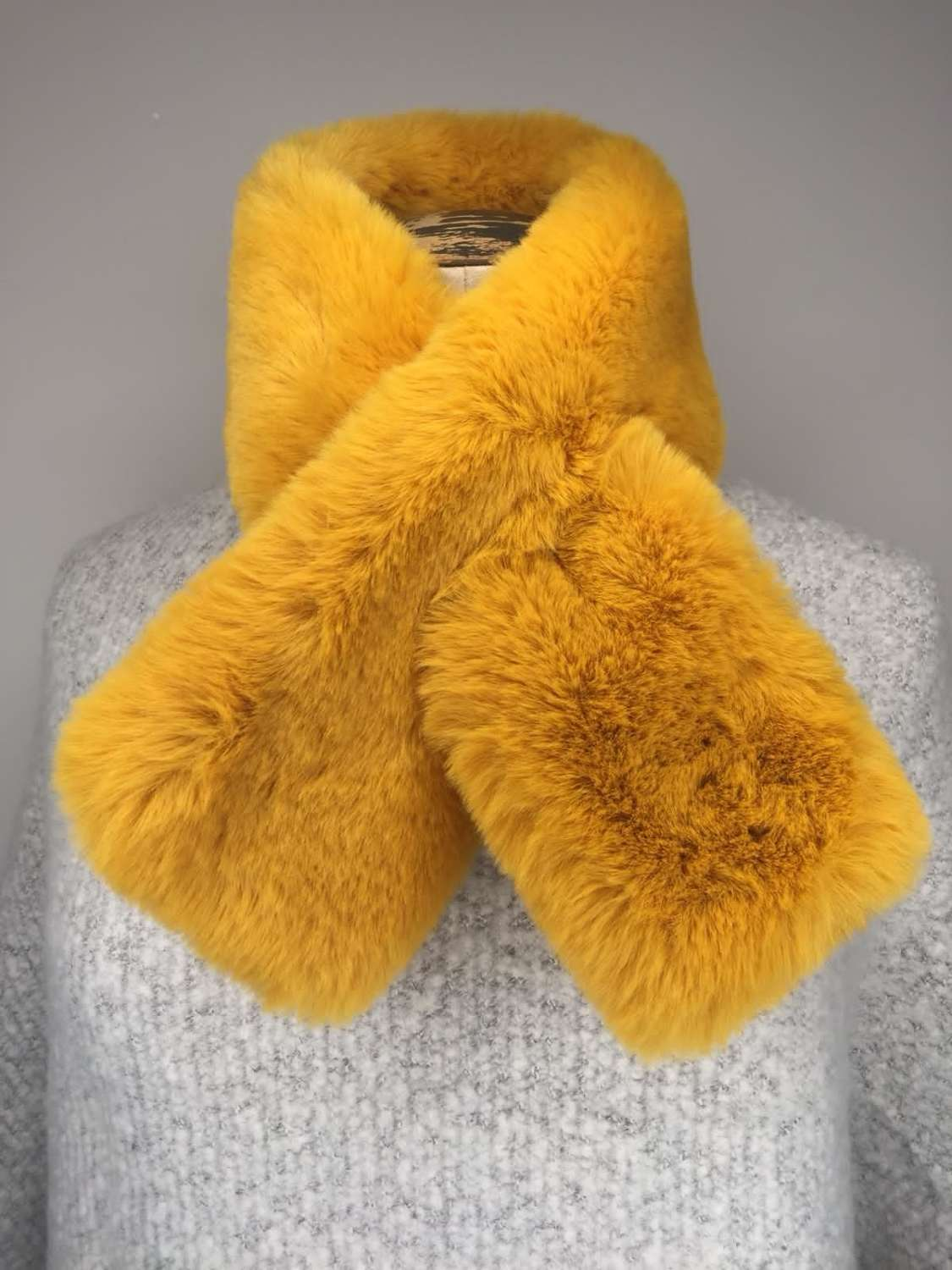 Faux Fur Scarves - Wide (various colours)