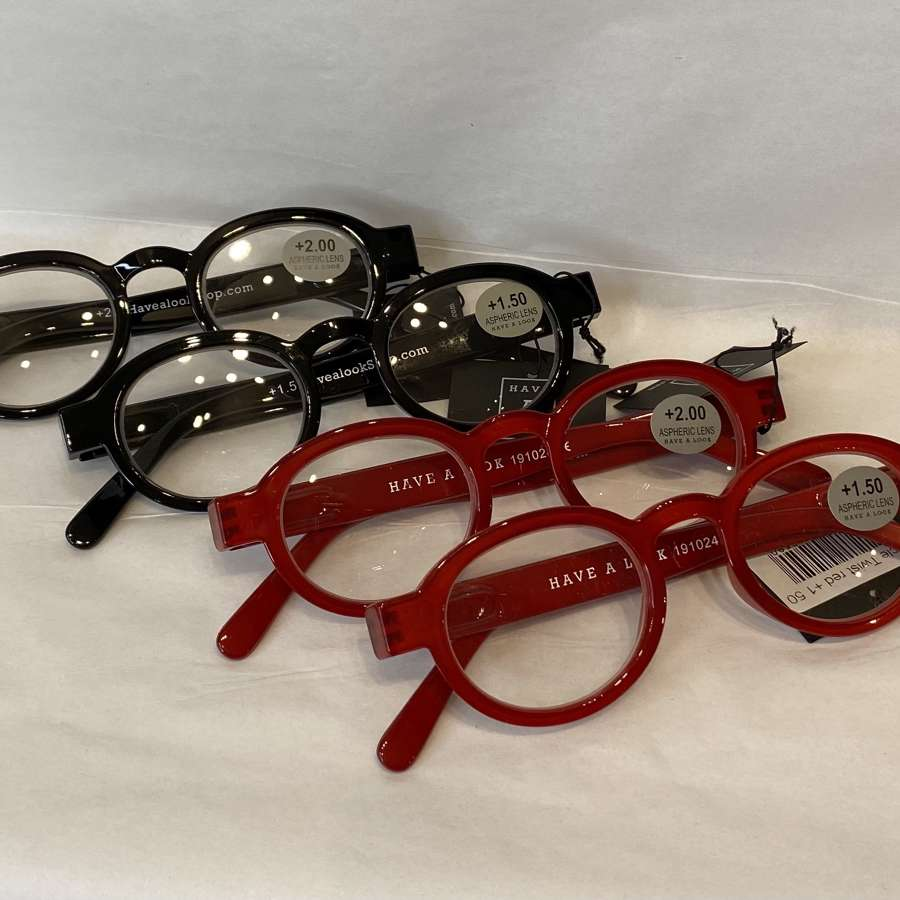 Reading glasses - Red or Black frame
