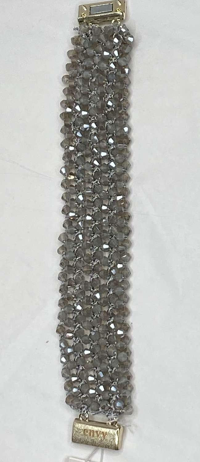 Sparkly beaded bracelet - magnetic clasp