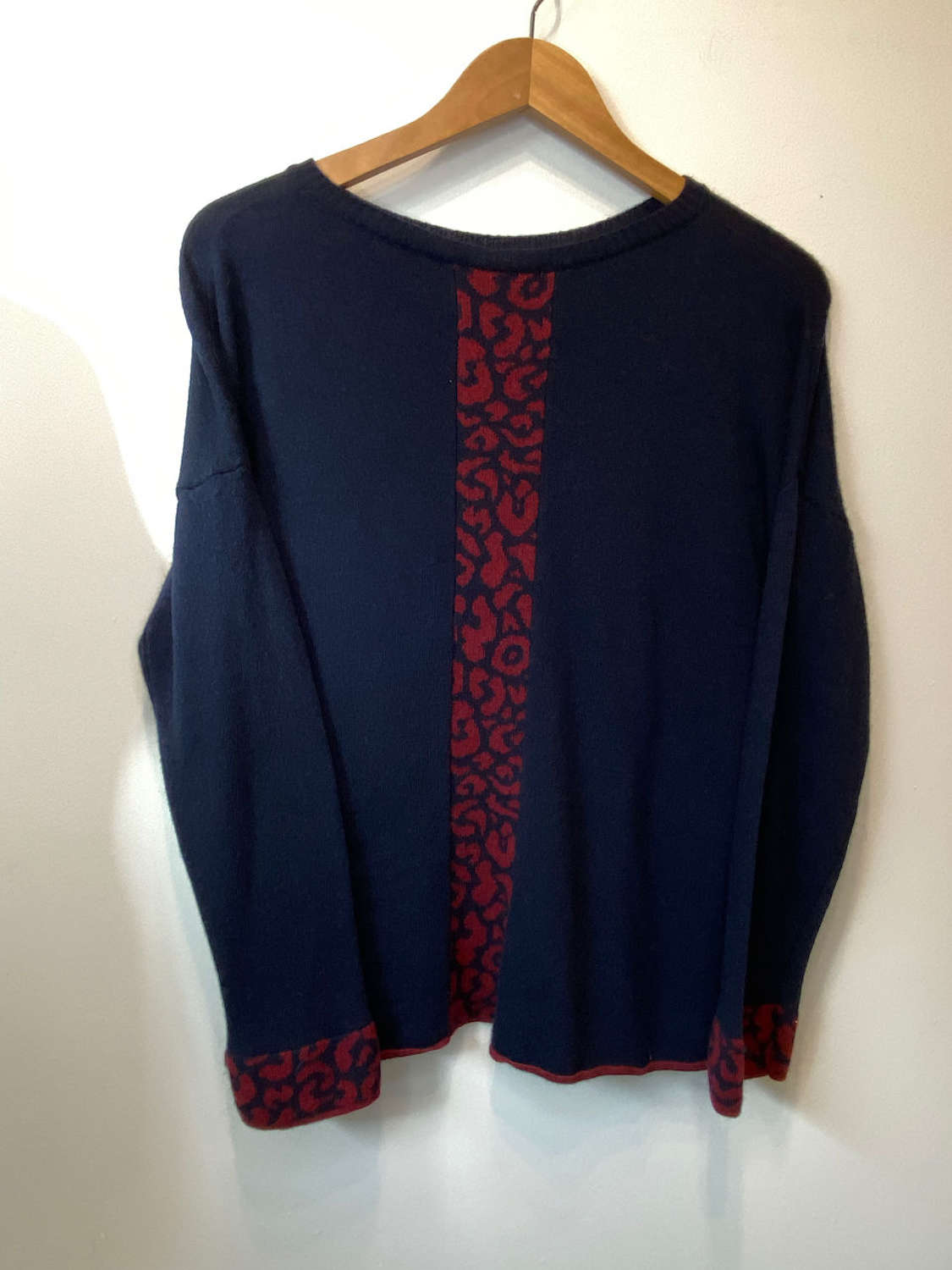 Cashmere and wool (50/50) Jumper with back and cuff  detail