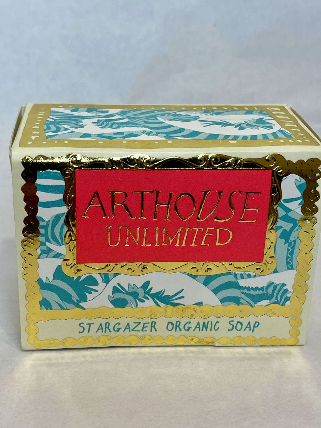 Arthouse organic soap - Stargazer lily and hibiscus