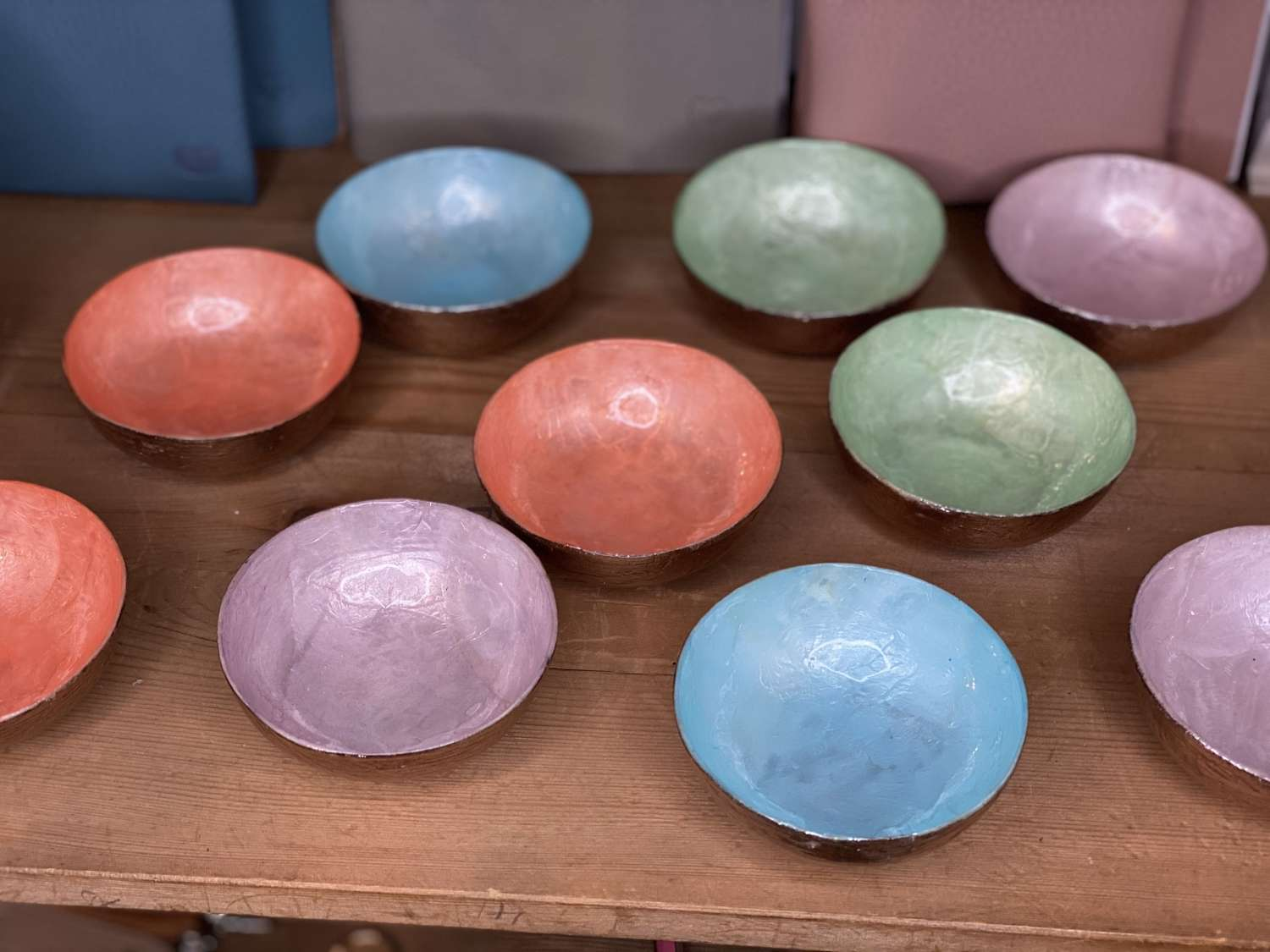 Pastel mini lacquer bowls (sold individually)
